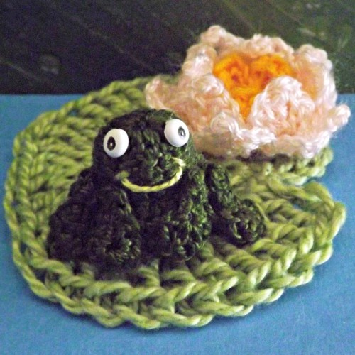 sc 182, serial crocheteuses, grenouille